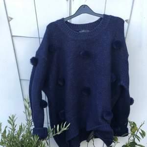 Supermjuk tröja från Zara! Storlek S fast mycket oversized!
