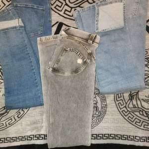 1 perfect jeans molly stl s 100kr 2 freddy warp stl xs leggings 280kr 3 ginatricot stl s breda snygga jeans med slits 250kr