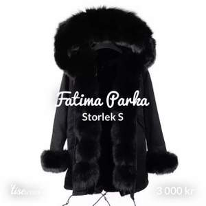 Hej! Säljer nu denna Fatima Parka i storlek S. Bra skick, köpte i vintras och har endast använt denna ca 5 gånger. 2000 för denna. Skickar helst pga corona