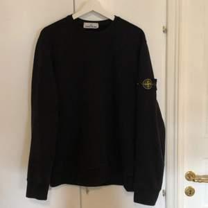 Stone island tröja som är köpt ifrån Flannels.