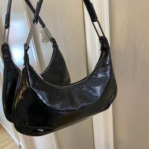 Snygg väska som är nästintill oanvänd💕