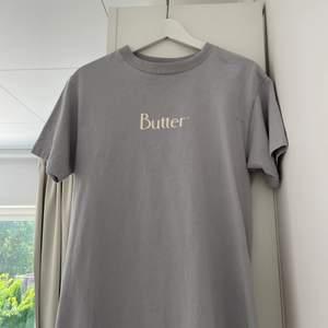T-shirt från junkyard. Storlek s, men väldigt liten i storleken. Endast använd 1 gång, nyskick.
