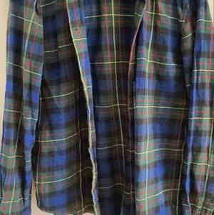 Fin flanellskjorta från Pull&Bear