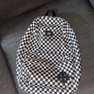 Vans Old Skool ryggsäck knappt använd i ny skick!