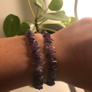 Armband med ametist! Väldigt fina lila nyanser, kan göra halsband också💜                                                              45kr st, Frakt ingår ej i priset