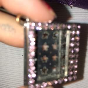 Slt liten bild ram med rosa bling bling som kan användas som nyckelring, berlock ect