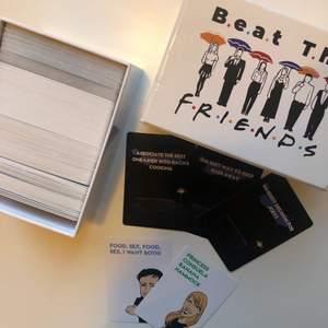 Friends spel, fick i julklapp förra året. Aldrig spelat så vet inte hur det går till men det finns ett kort med instruktion med i spelet. Väldigt bra skick. 88kr frakt.