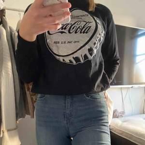 Sweatshirt från Ullared aldrig använd, köparen står för frakten på 60kr💞