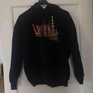 Asmysig hoodie med coolt tryck