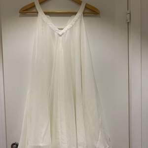 Fin klänning i supermjukt tyg. 400kr inklusive frakt