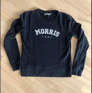 säljer min sweatshirt från Morris. Väldigt sparsamt använd. Storlek XS