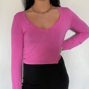 En rosa tröja från carlings i storlek M! (SWISH) frakt=55kr