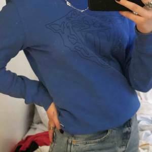 Blå tiger of sweden tröja, felfri, nypris 1000kr