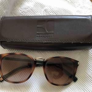 Fina solglasögon från Hugo Boss inköpta i Österrike!