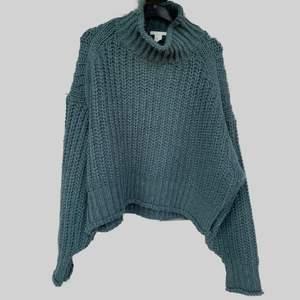 Mysig stickad tröja från HM. Nästan aldrig använd