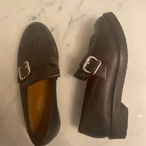 Dessa skor köpte jag på ASOS, använda ett par gånger. Ej slitna