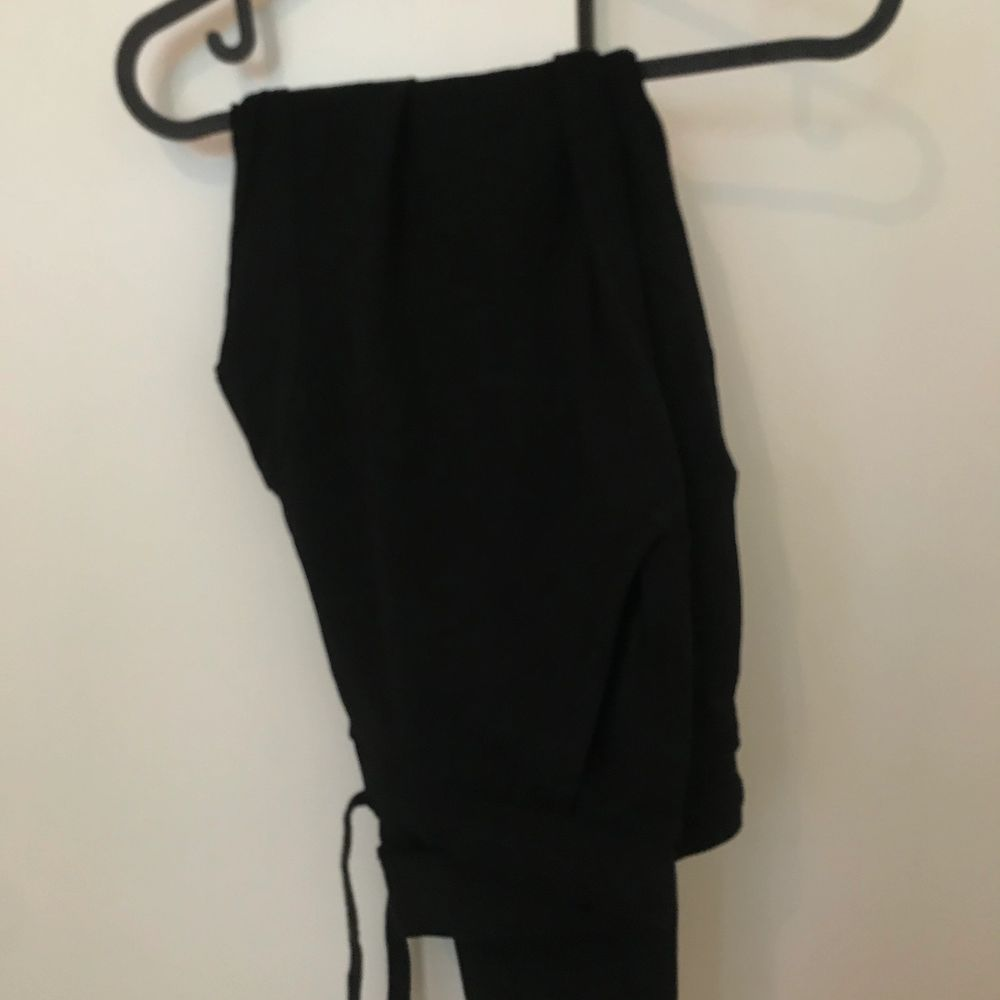 Mjukisbyxor från Lager 157. Aldrig använda bara testade.. Jeans & Byxor.