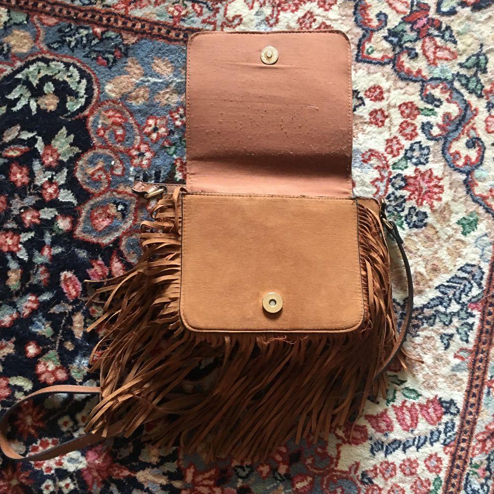 Liten väska i fejkmocka! Köparen betalar frakt!👜👜👜. Väskor.