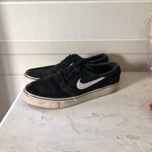 Nike janoski i storlek 40, passar även 39