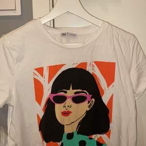 jättefin tshirt från zara, passar alla från xs-m💖