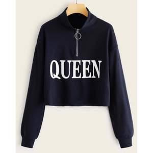 Croppad blå Queen tröja ✨