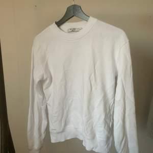 enkel sweater från nakd, fint skick! 🧡