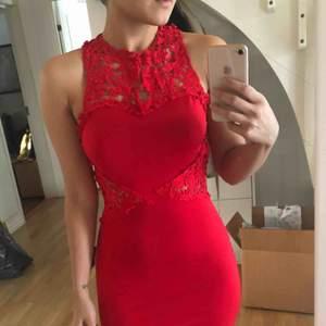 Balklänning från Ebay  Endast provat💃🏻  OBS. Har klänningen i strl S och M. Den som är med i bilden är S✨  Köparen står för frakt📦