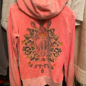 Juicy Couture hoddie i rosa/ orange i storlek s 🧡🧡