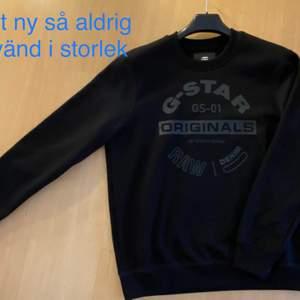 Säljer 2 st tröjor som är likadana i storlekarna L & XL, jag säljer dom för 300kr st. Filmar alltid när jag skickar🙂💞