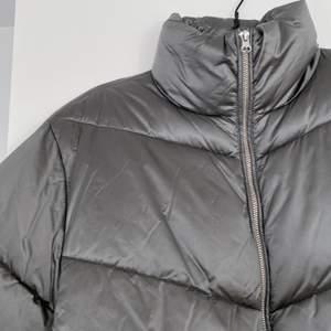 En så fin vinterjacka från H&M, frakt 66:-