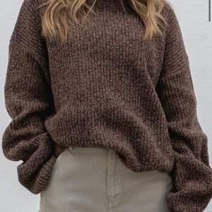 !INTRESSEKOLL! funderar att sälja denna snygga stickade tröjan ifrån adsgn då den inte kommer till användning, använt endast 1 gång, vid fler frågor kom privat<3 flera intresserade blir det budgivning!