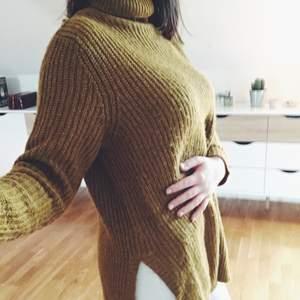 Super pretty and comfortable sweater.