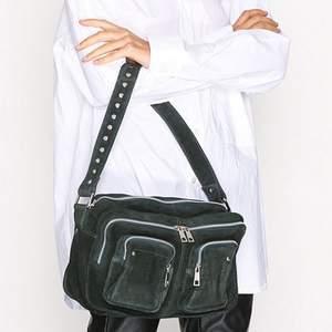 Säljer min nunoo väska som inte kommer till användning längre, fint skick! Skriv för fler bilder