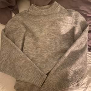 Stickad fin tröja i nyskick!💗