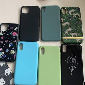 säljer dessa skal till iphone XR, det hel svarta och de men planeter och stjärnor på är för iphone 11 men funkar till XR också!💕💕, säljer för 70kr st, det från richmond säljer jag för 110kr💫💫 (planet-skalet och mörkgröna finns ej)