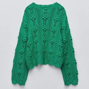 säljer denna stickade tröja från zara i storlek S för 300. priset är diskuterbart