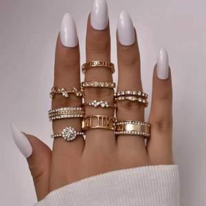 Säljer dessa superfina ringar. 10kr/styck eller 3 för 25♥️