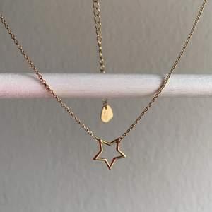 Guldpläterat halsband från estella bartlett!! Aldrig använt