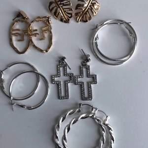 6 st oanvända örhängen både i guld och silver, Alla 6 st för 80kr + frakt, om man ska ha ett par kostar det 20kr + frakt, betalning sker via swish💕💕
