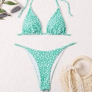 Säljer en superfint bikini, självklart helt oanvänd😊