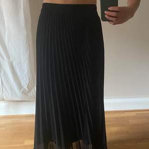 Fin kjol från Monki