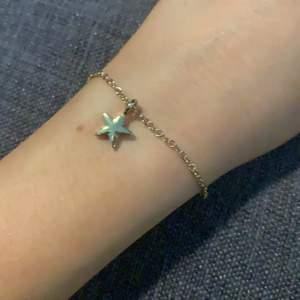 Armband med stjärna, guldigt 💓