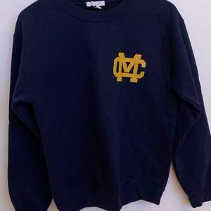 mörkblå sweatshirt från topshop stl s