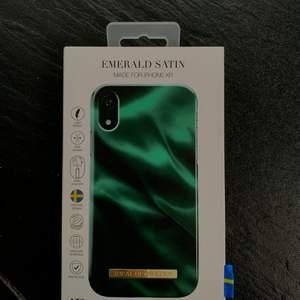 Oanvänt skal som passar till IPhone XR. Säljer då det inte passar min mobil. Nypris 299 kr. Säljer för 200 kr inkl frakt, pris kan alltid diskuteras
