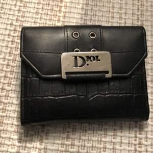 Dior plånbok i svart helt ny. Frakt tillkommer
