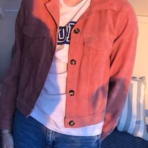 Skjortjacka i Manchester knappt använd i storlek S💕 Passar även för mig som har storlek M