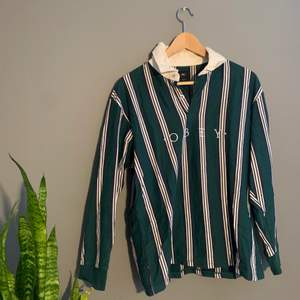 Riktigt snygg OBEY tröja, helt felfri. Köpt på Carlings, Nypris: 899kr