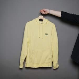Stussy hoodie (M)