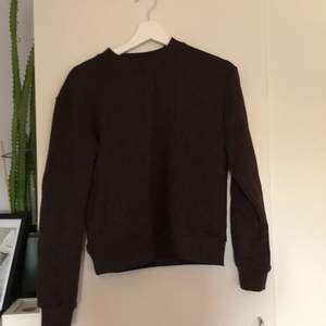 Brun sweatshirt
