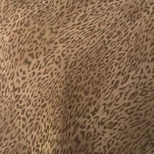Leopard kjol från humana! Funkar till allt! Väldigt somrig och spexig!